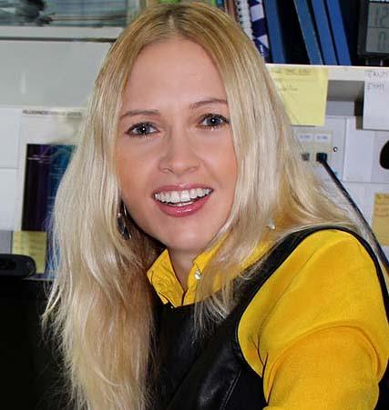 Dr Gabriela Kramer-Marek